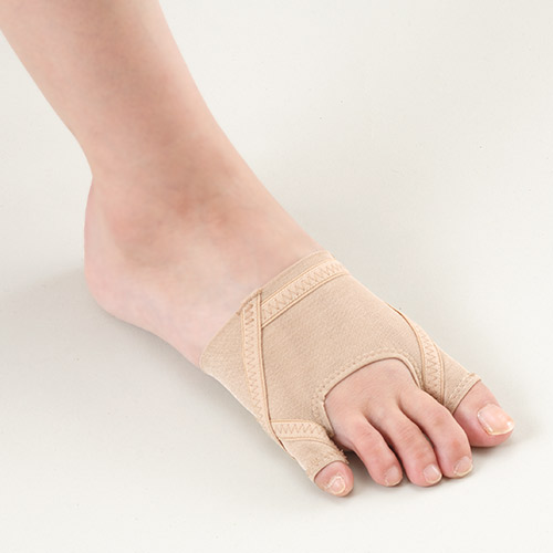 外反母趾を改善する笠原先生のサポーター